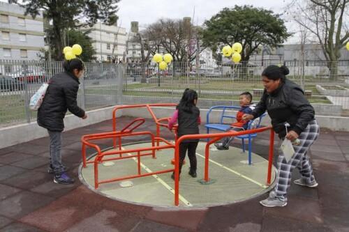 La Ciudad inauguró obras en una plaza de Villa Lugano
