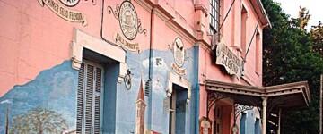 Murales de Héctor Rapisarda sobre la Estación Lugano